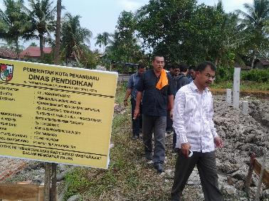 Komisi IV Kunlap Pembangunan Sekolah Pinggiran