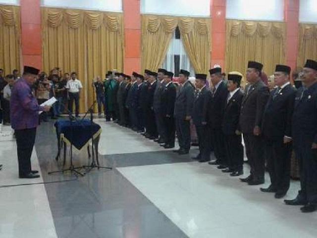 Sambut Tahun Baru Bupati Yopi Nonjobkan 7 Pejabat Inhu