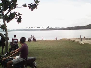 Danau Quari Laksana Pantai