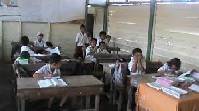 Disdikbud Riau Pertanyakan Kenapa Masih ada Sekolah Marginal di Pekanbaru