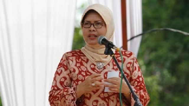 Septina Pertanyakan Hasil Stuban Anggota DPRD Riau Ke Eropa