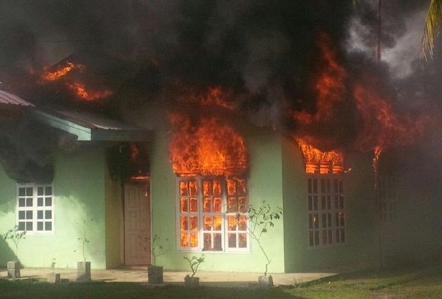 Kebakaran di Marpoyan Sore tadi, Diduga Dilakukan Oleh Anak Pemilik Rumah