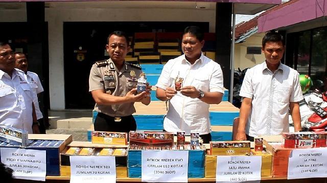 Polda Riau amankan ratusan dus rokok ilegal