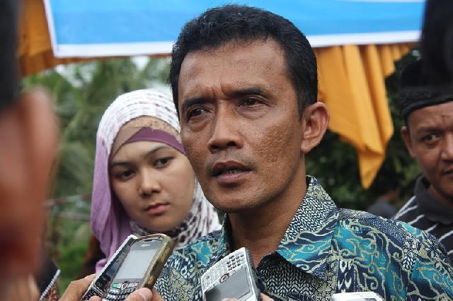 Wakil Ketua DPRD Pekanbaru Kritik PNS Malas Ngantor