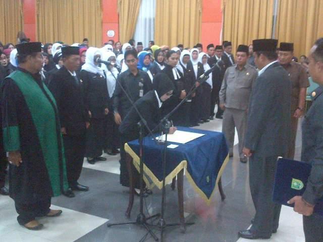 335 Kepala Sekolah dan Pengawas Sekolah Dilantik