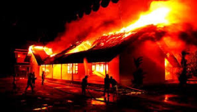 Tercatat 203 kasus kebakaran terjadi di Pekanbaru sepanjang 2016