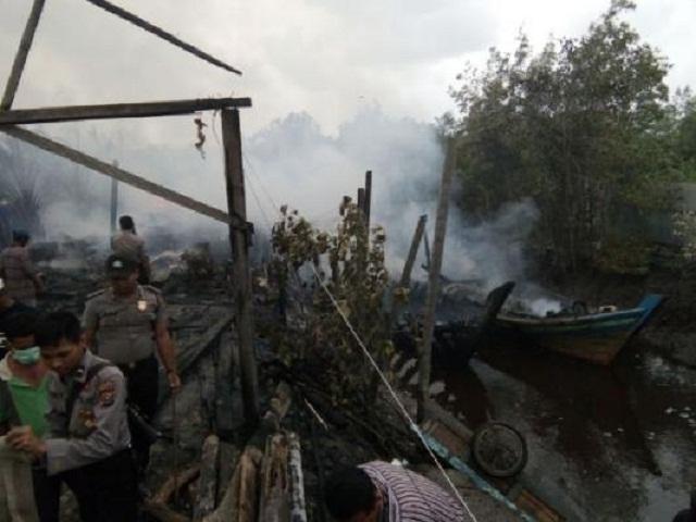 Ratusan Nelayan Muntai Bakar Gudang Jaring desa Bantan Air