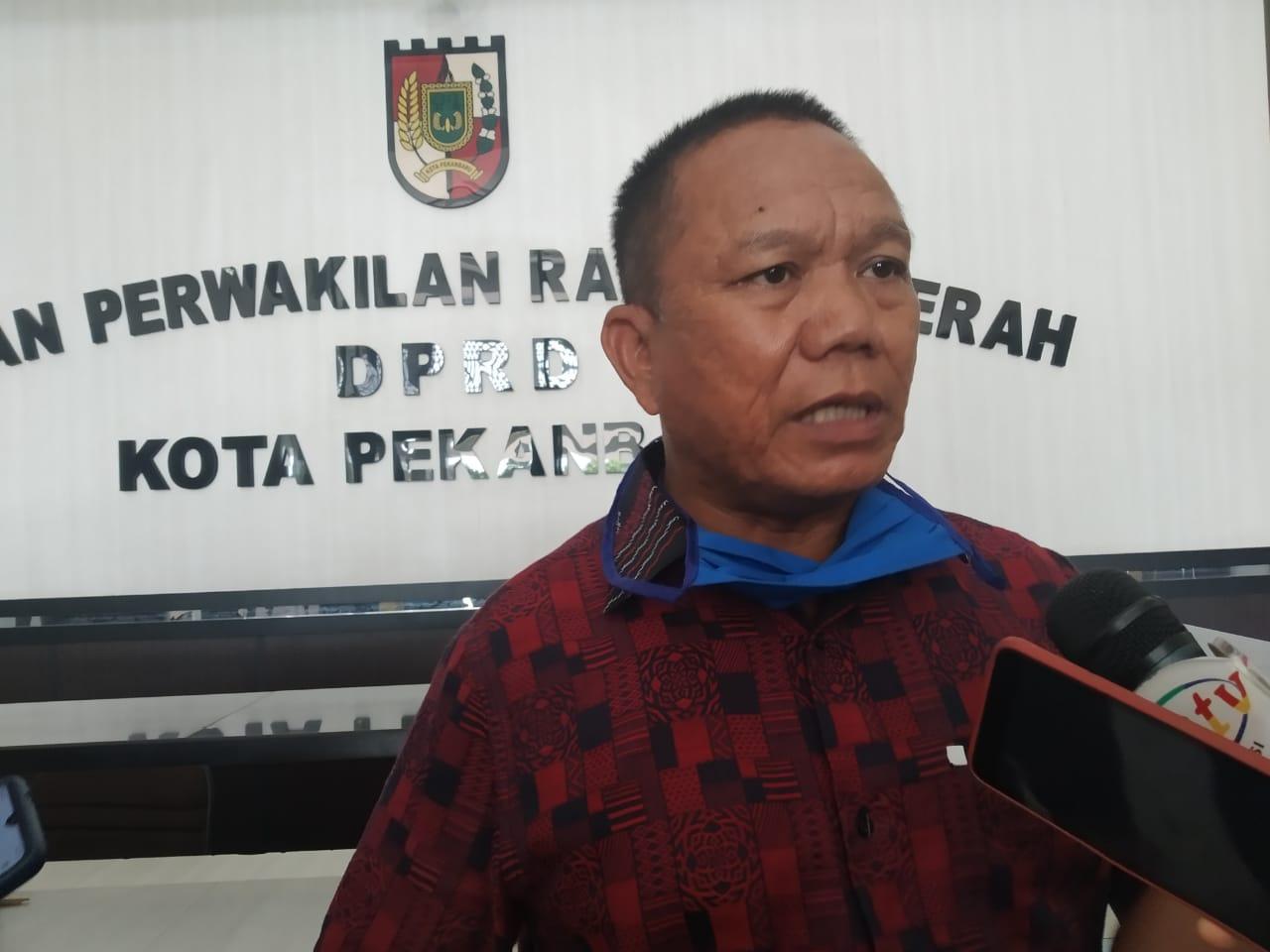 DPRD Sentil Dishub Pekanbaru Yang Bakal Kenakan Retribusi Parkir ke Ritel dan Swalayan