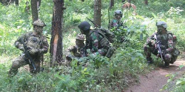 Pancasila dihina, TNI hentikan kerja sama militer dengan Australia