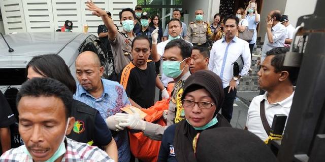 Detik-detik mencekam suasana penyekapan 11 orang di Pulomas