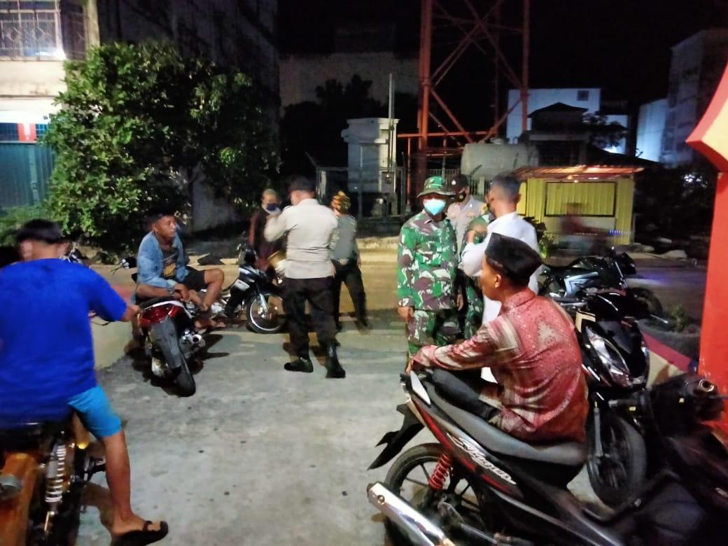 Polsek Kuala Kampar Gelar Operasi Yustisi Disiplinkan Masyarakat Terapkan Prokes