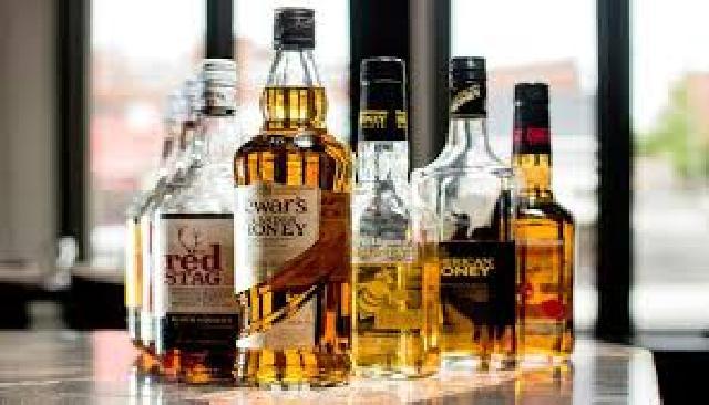 Pemko Pekanbaru dinilai lemah atasi peredaran minuman beralkohol di karoke keluarga