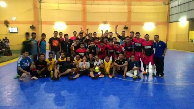 PWI Pekanbaru Juara Turnamen Segitiga Futsal BPRS Cup