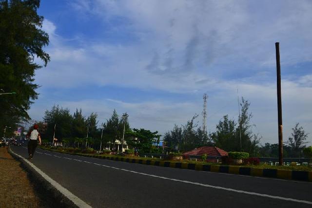 Jelang Pergantian Tahun, Lafaz Allah Muncul di Langit Kota Bengkulu